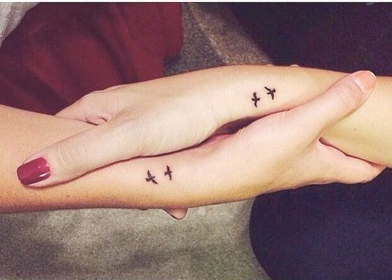 10 Cute Best Friend Tattoo Ideas You And Your BFF Need - Society19 UK
