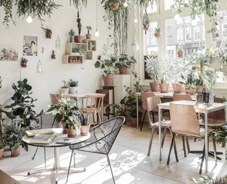 If you're looking for some of the best places for an afternoon tea in London, these are the top spots that you need to go to! These quirky cafes have the best atmosphere, and will definitely leave you wanting more!