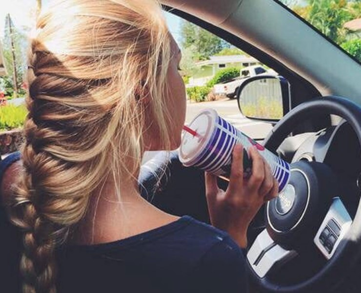 Unfortunately there are all sorts of surprises in store for you on your commute to and from university. Below are the 5 most annoying drivers you'll see on your way to Uni!