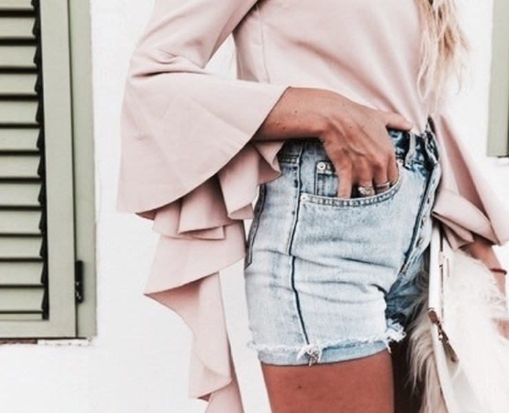 Are you in search of the best ways to wear pastels this spring? From pale pink to light lavender to faint peach, we have you covered! Check out how to pull off pastel here.