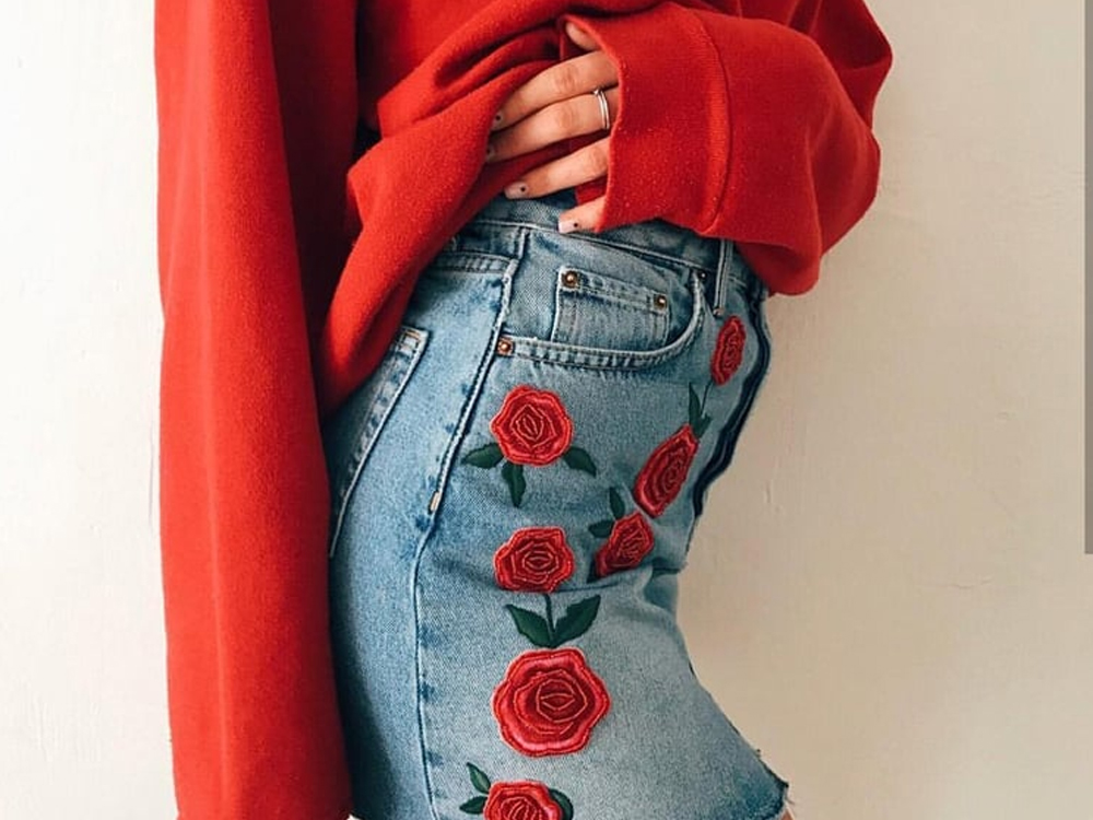 The denim skirt is such a classic outfit staple. Learn the best ways for how to style a denim skirt whether your style is bright and colourful or neutral and classic. We have listed some great outfit inspirations!