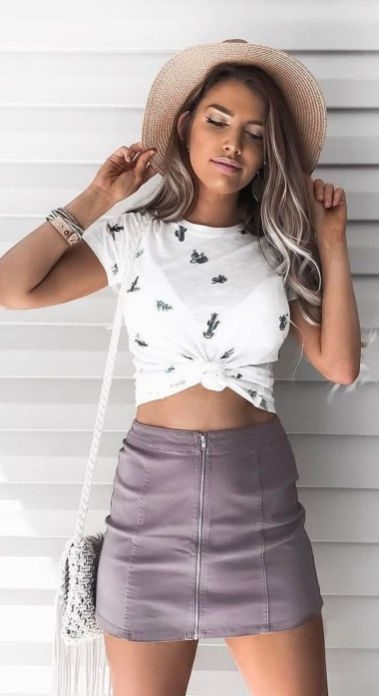 Check out these great outfits to wear to a concert!