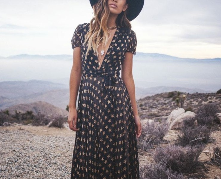 Bohemian summer dresses are ideal for the season's heat and sunshine. From Bohemian maxi dresses to Boho formal dresses, we have you covered!