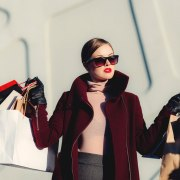 These are the cheap shopping apps you should totally check out! Discover our list of the top shopping apps that sell cheap clothing!