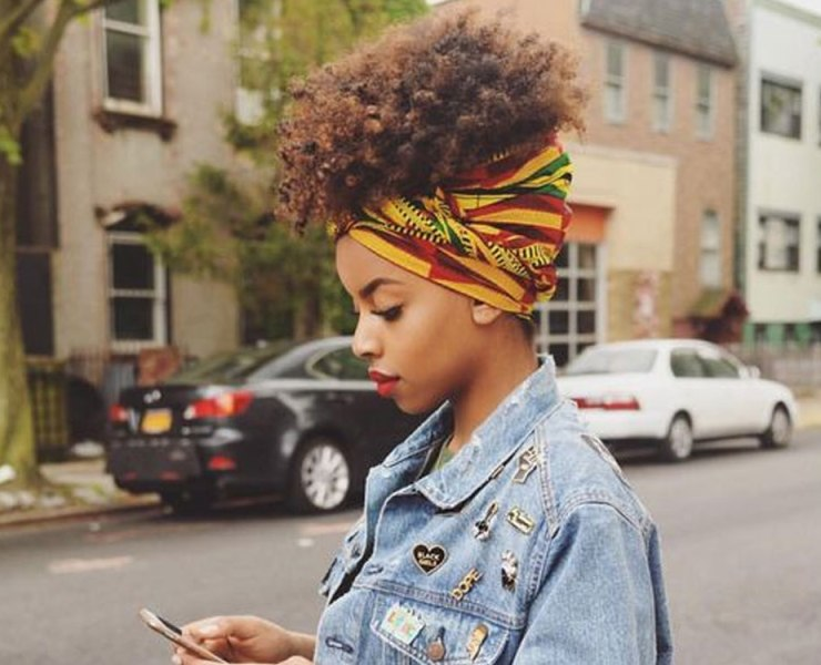 Do you have no idea how to style your curly hair? Check out these curly afro hairstyles that are super cute and easy to do!
