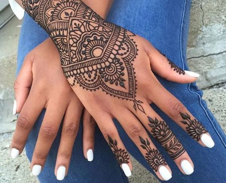 If you're going away for holiday and want to get some ink, but don't want anything permanent, check out this list of henna tattoo ideas!