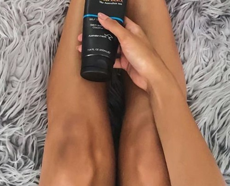 Here are the best self tanning products for achieving that perfect summertime glow! Get your faux tan on, and glow, girl!