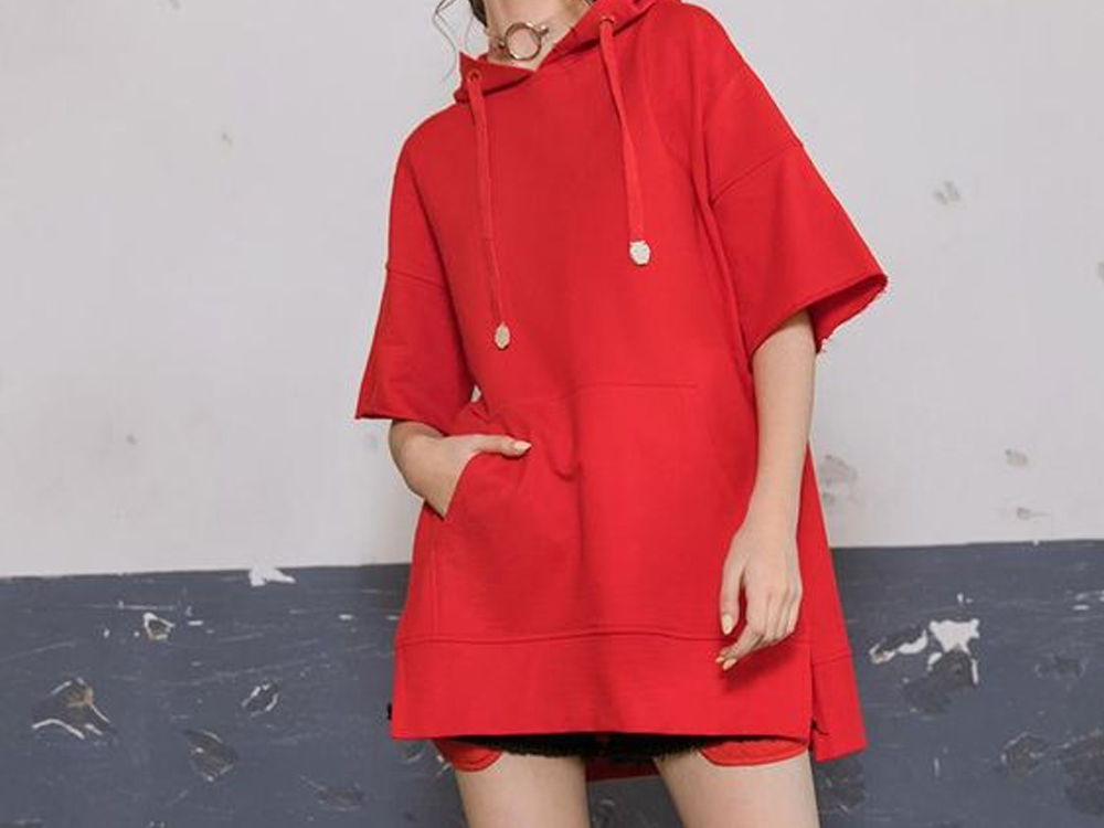 The short sleeve sweatshirt dress is casual and cute to wear all year long. Try a sweatshirt dress with a hood or keep it simple.