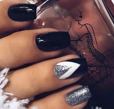 Here are some great ideas for cute nail art. Show these to a professional, or if you're talented enough do them yourself for beautiful nails!