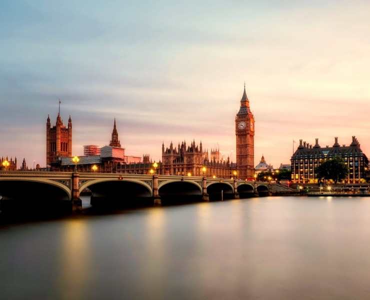 There are a lot of wonderful things about living in a town just outside of London. We've compiled a list of some of the best reasons!