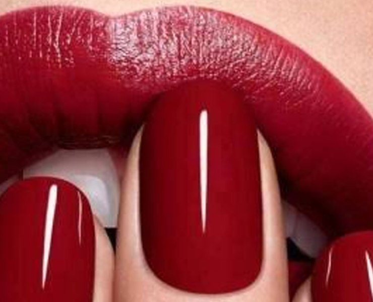 Here are some of the best red lipsticks you just have to try. Any of these suggestions will help your look from good to great.
