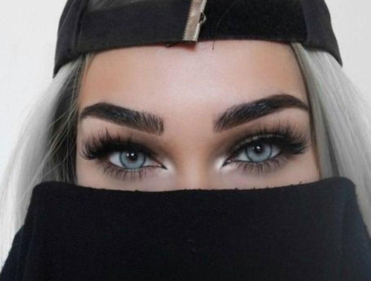 Fake Eyelashes Archives Society19 Uk