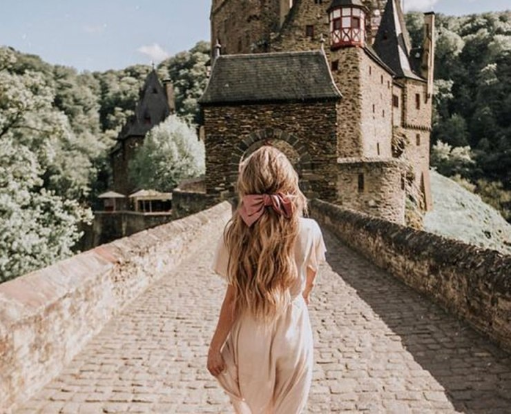 Here are some travel dresses for summer that you will love! These dresses are perfect to slip on when traveling to look cute and comfy.