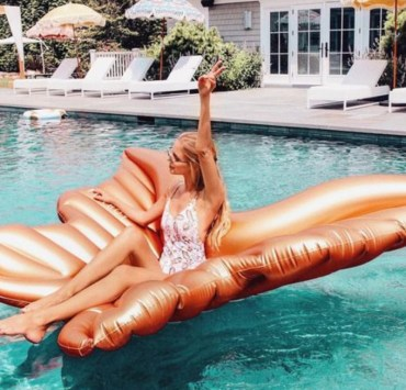10 Cute High Waisted Bikinis You Can Wear To Any Pool Party