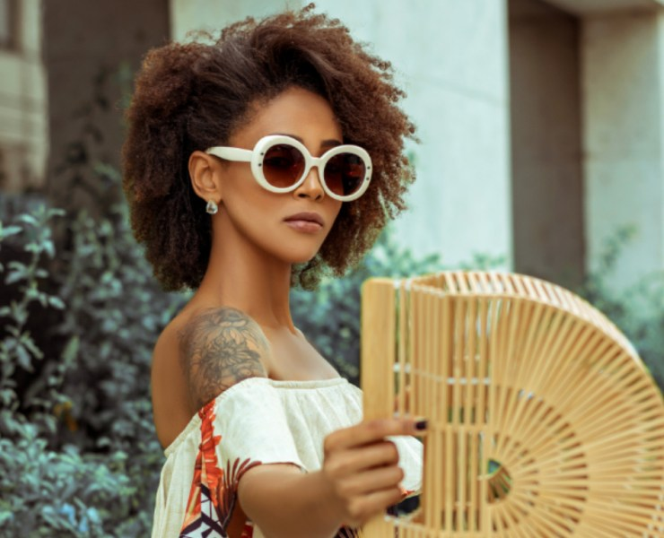 10 Hairstyles For Short Curly Hair