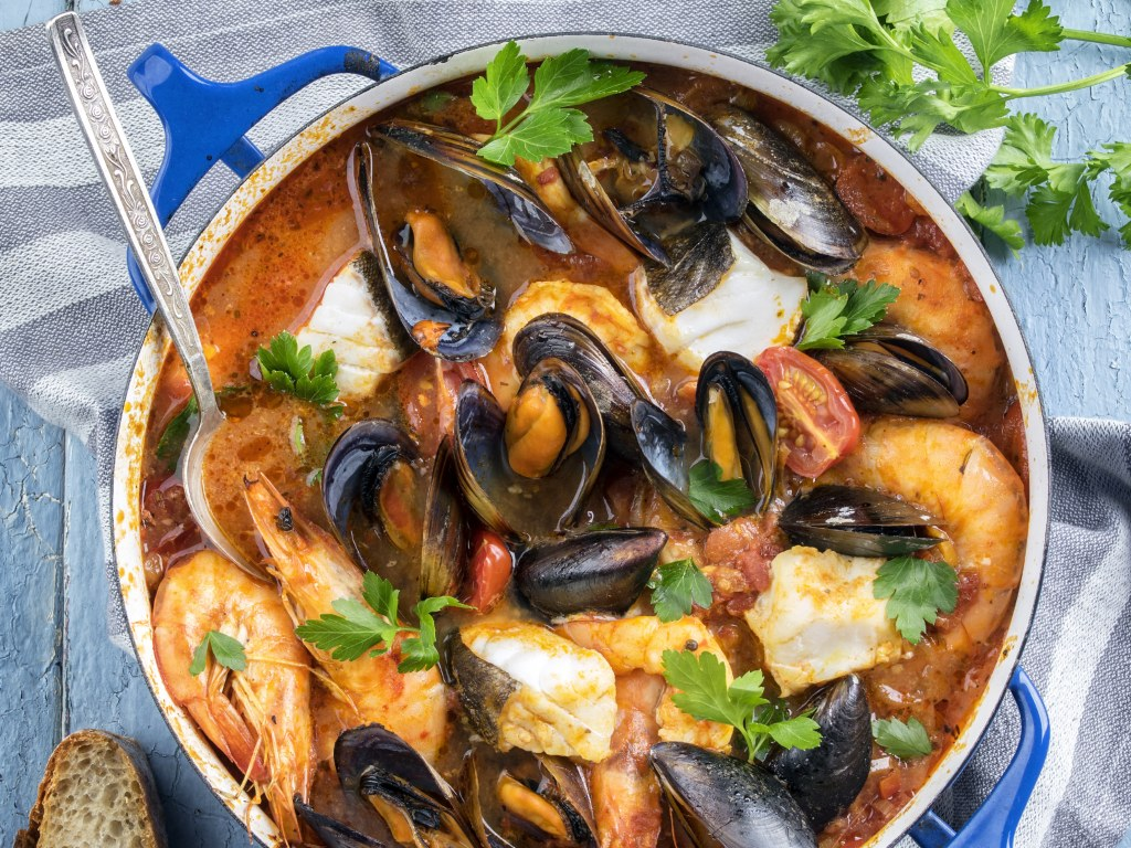 There are 11 french dishes you should absolutely try if you ever go on vacation in France. If good food is important for you, this article is for you.
