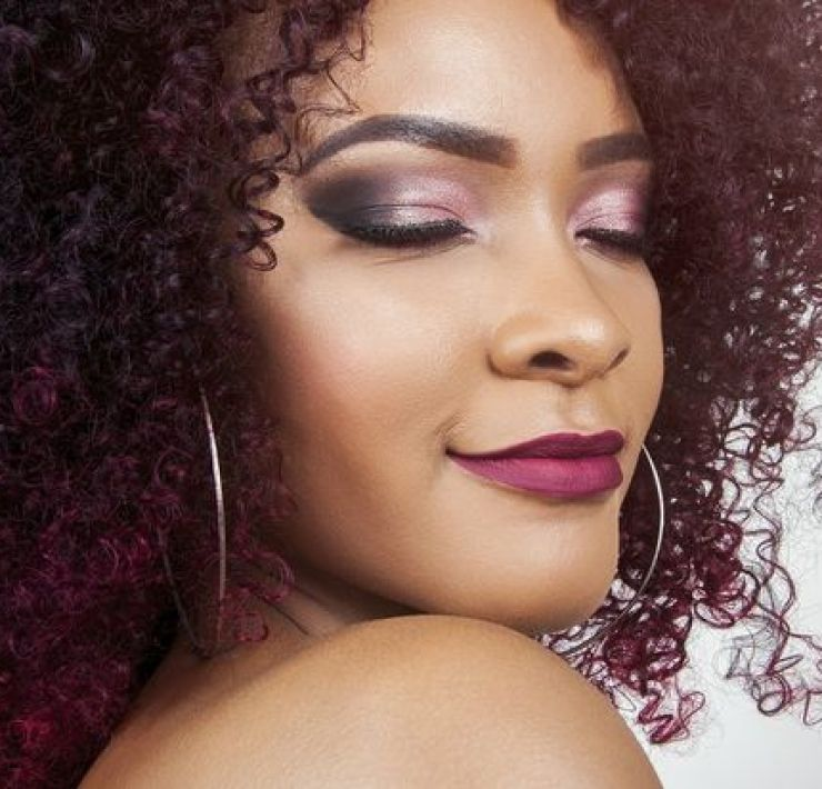 Getting the perfect makeup look can be tricky, when you have no idea what you are doing. Here's some makeup tips if you have no idea what you're doing!