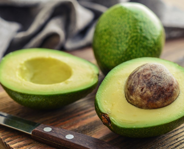 Everyone knows what the benefits of avocados are, so do we. We've made this list of the simplest avocado recipes ever, give them a try!