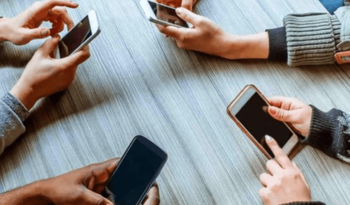 In this day and age, having a digital detox seems nearly impossible. Here are some tips on how to reduce the amount of time you spend on technology!