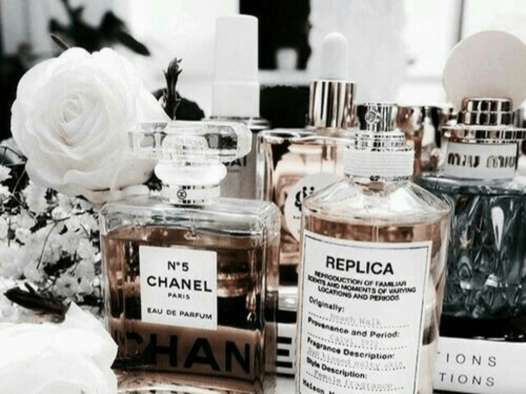 The best fragrance is one you are remembered for. When choosing a perfume, it is important to match it to your style and personality.