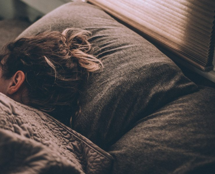 These 5 Apps to Help You Sleep and Nap Better will fight your insomnia (a dream... literally... you might dream again and SLEEP).