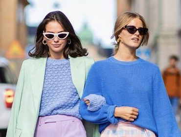 Add colour to your wardrobe this season and shake up your fashion routine. Wearing colour has never been so trendy, so discover how to add it to your style.