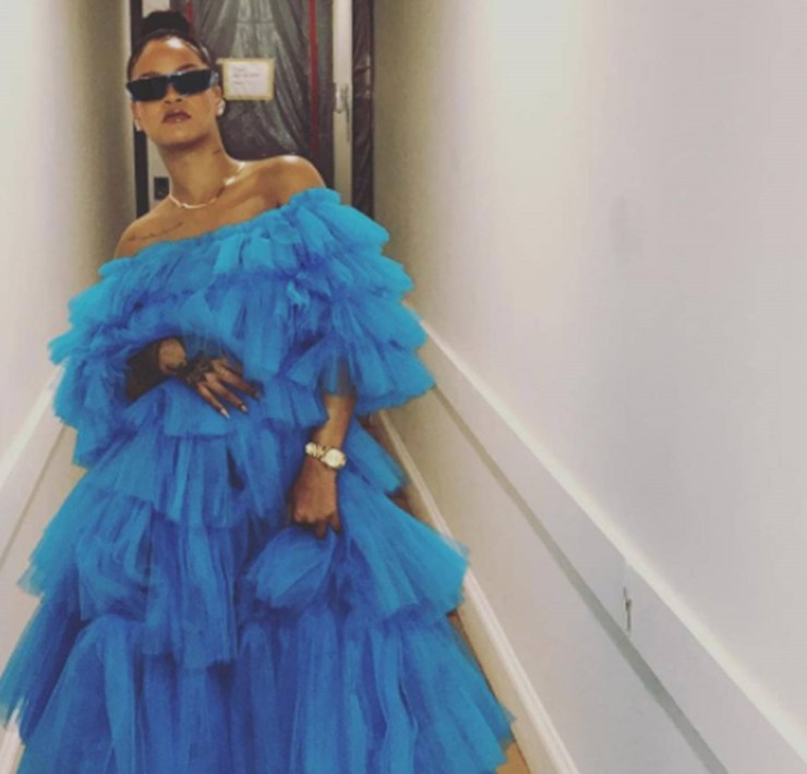 We all know that Rihanna can do no wrong especially in fashion, but these trash-turned-treasure outfits are the proof you need to see!