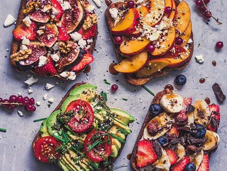 Don't know what to eat in the morning? Try a tasty low carb breakfast this morning in order to get the best of the most important meal of your day.