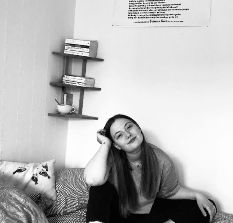 Getting settled at uni can be really difficult. Making your uni dorm room feel like home, is a really important way of starting to feel at home at uni.