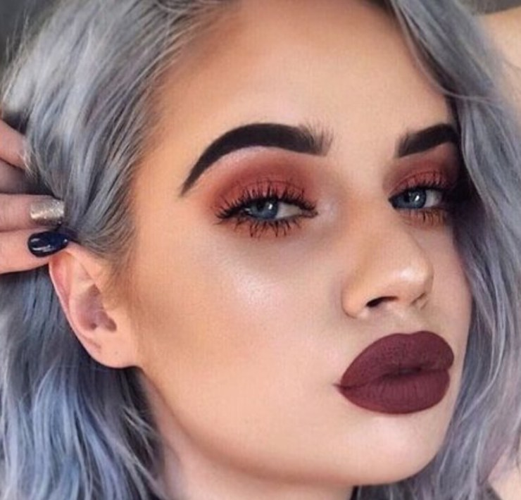 What is the perfect way to motivate yourself through the oh so tough exam season? Thinking about the makeup looks you'll sport at the parties!