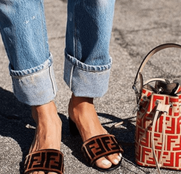 These are the 8 bags that are EVERYWHERE right now, so look no further if you're looking for some trendy so-in-right-now arm candy.