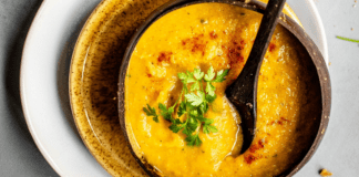 Soups are the ultimate delcious comfort food in winter. Check out these eight warm and hearty soups that are perfect winter meals!