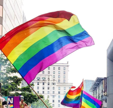 Pride Month is here and so is our guide of the best places to celebrate pride around the world! What are you waiting for? Buy a plane ticket now!