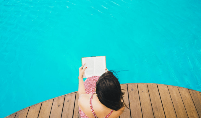 5 Best Books To Read Poolside
