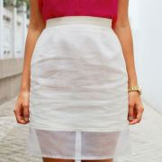 Pencil skirts are a wardrobe essential! Follow these easy steps if you want to create your own adorable DIY pencil skirt!
