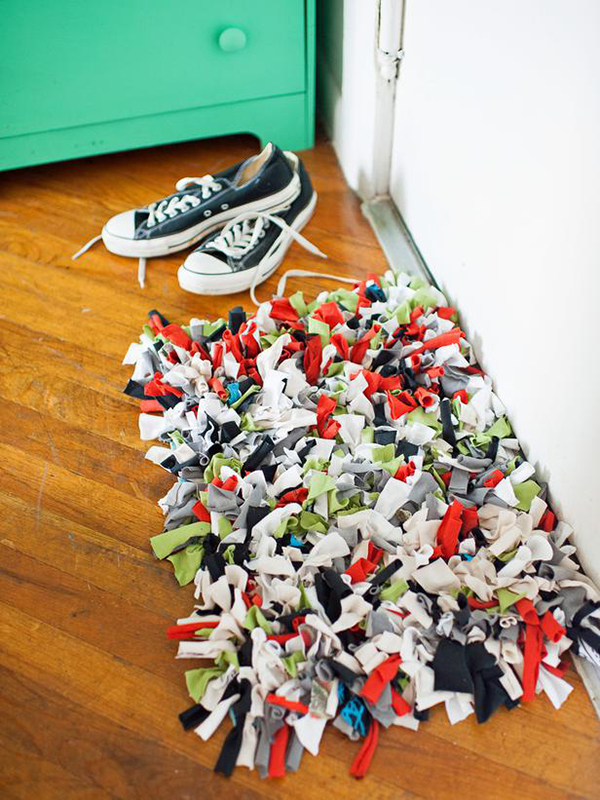 DIY T-Shirt Doormat