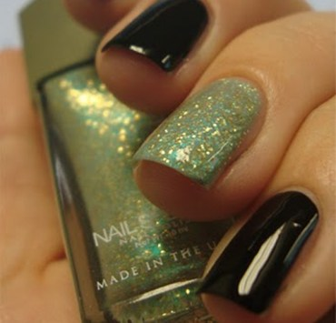 If you are into nail art but don't know if you have the skills it takes to pull it off? Have no fear, this nail tutorial is perfect for beginners!