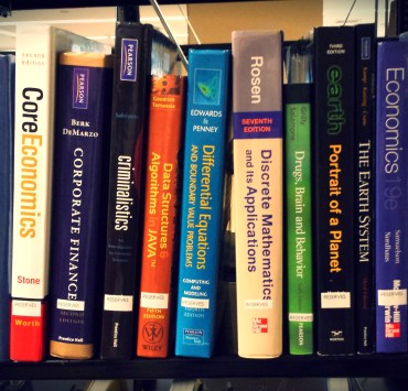 If you're wondering where to sell your textbooks for the most money, these are the best websites for textbook buybacks where you can make quick cash off your college textbooks!