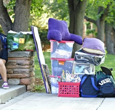 10 Tips For Moving Into Your Dorm