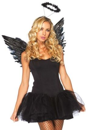 How to pull off a sexy halloween costume with class society19 victorias secret angel even worse claiming youre just an angel is neither creative nor subtle costumes can be sexy without being skimpy solutioingenieria Gallery