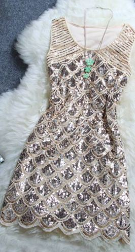 This sequin dress is gorgeous!