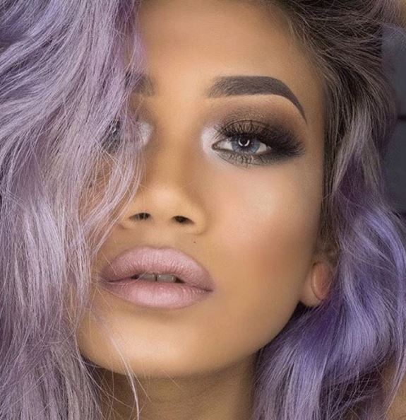 This purple hair and makeup is gorgeous!