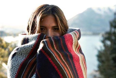 This tribal print blanket looks so cozy!