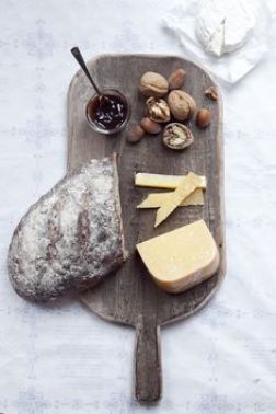 Serving cheese is a necessity for any dinner party.