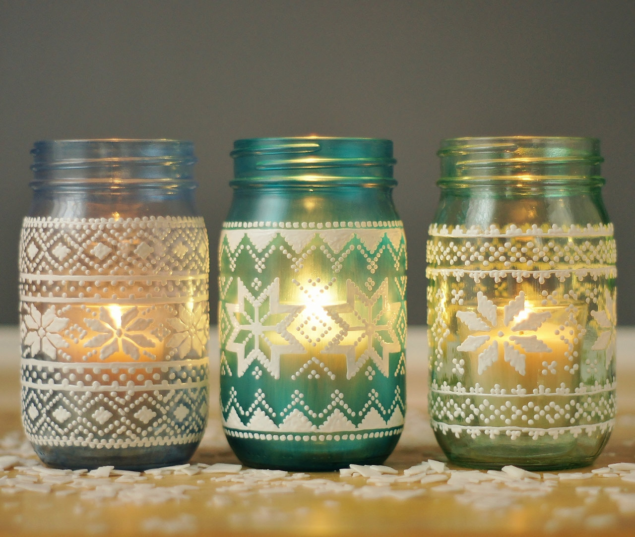 10 Festive Holiday Scented Candles You Need This Year