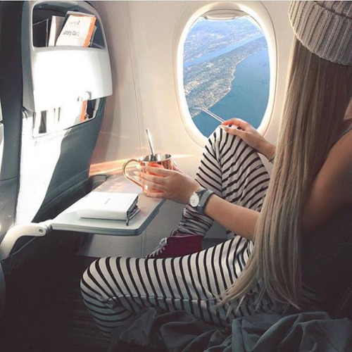 If you're looking to find cheap plane tickets and cheap flights, here are some useful tips to find the cheapest flight possible!