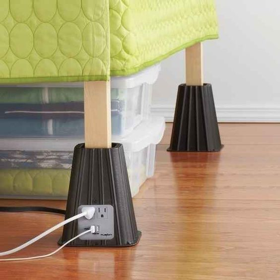 10 Space Saving Tips For Your Dorm Room