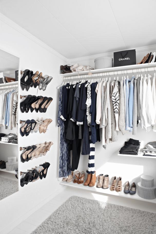 What a fashion savvy closet!