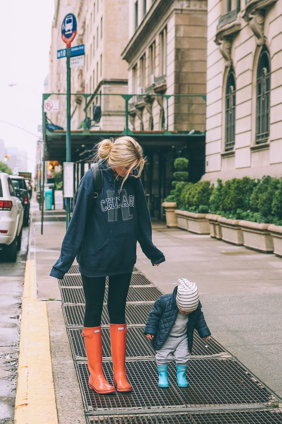Mothers understand the beauty of leggings and an oversized sweatshirt.