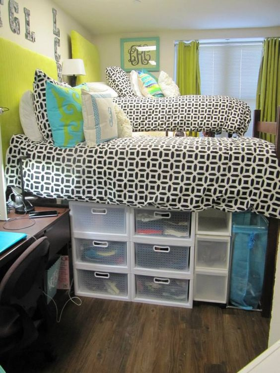 Dorm Room Beds: 10 Dorm Hacks To Keep Your Room Organized